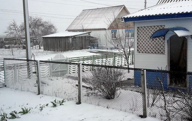 Несколько районов под Волгоградом замело снегом