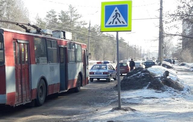 В Тольятти девочка попала под колеса троллейбуса