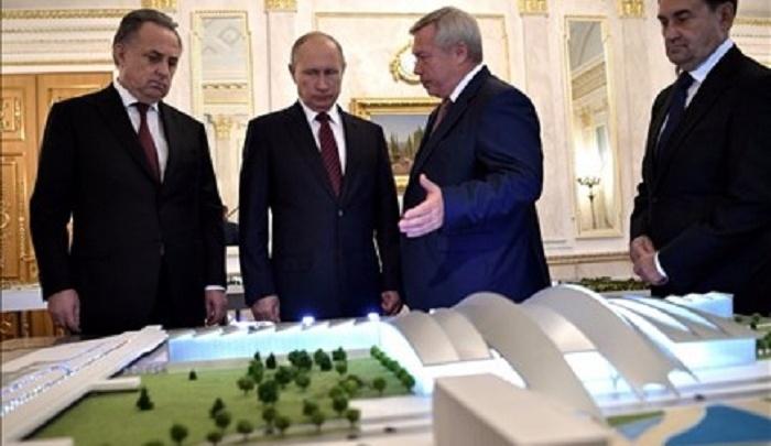 Владимиру Путину показали главные объекты Дона, построенные к ЧМ-2018