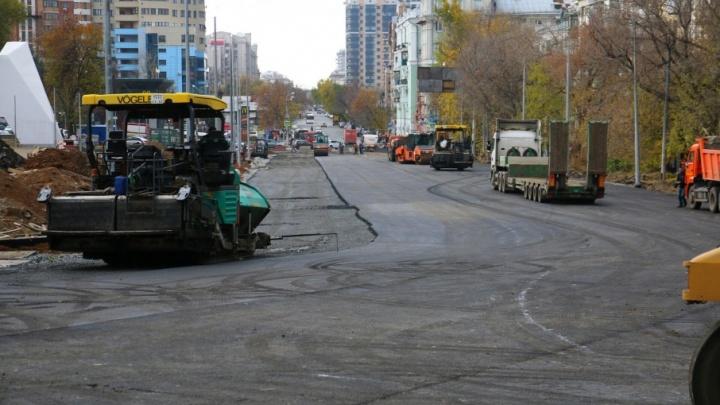 Стали известны новые сроки открытия движения на участке Ново-Садовой у «Макдональдса»