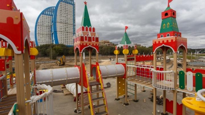 Возле музея «Россия – моя история» в Волгограде строят Кремль и каравеллу