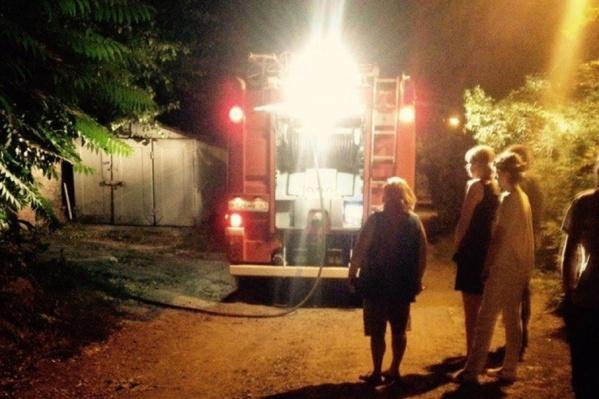 Пожар начался из-за обрыва линии электропередачи
