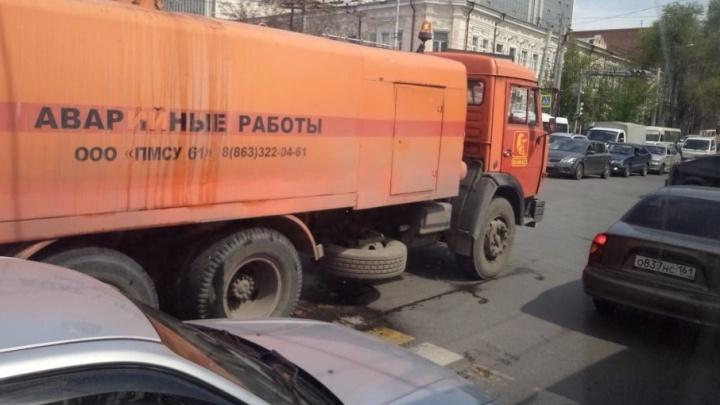 Транспортный коллапс: центр Ростова встал в гигантскую пробку