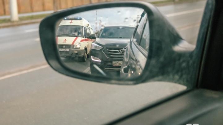 «Сделать прерывистую линию»: главный врач больницы Семашко просит поменять разметку возле роддома