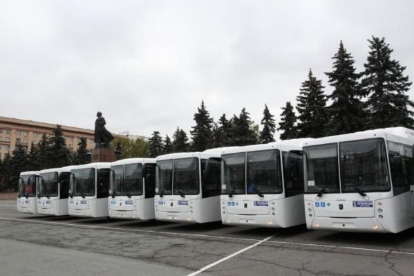 Город получил 10 новых автобусов