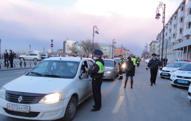 Во время сплошной проверки на трезвость у Набережной попались два пьяных водителя