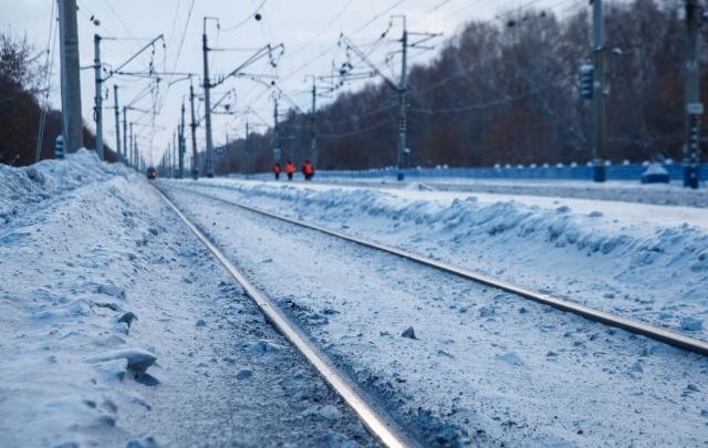 Железную дорогу в Тюменской области от паводка спасет спецпоезд
