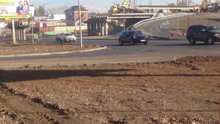 Строительство путепровода на Ташкентской застопорилось из-за перекладки электросетей