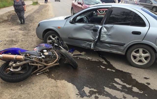 Мотоцикл купили родственники: в Прикамье 16-летний байкер врезался в автомобиль
