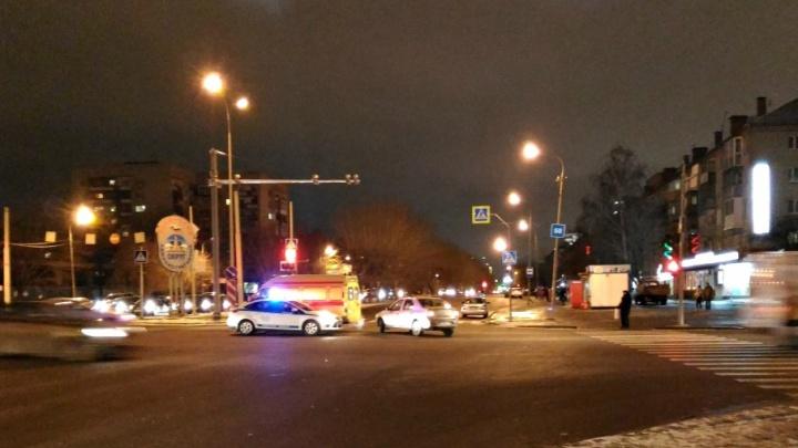Пьяный тюменец на иномарке врезался в машину скорой помощи