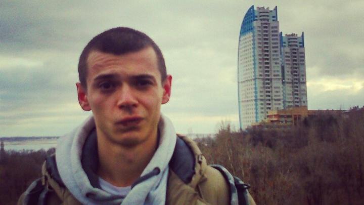 Я буду жить на «Парусах»: волгоградский рэпер мечтает о красивой жизни