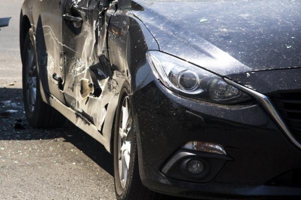 Водитель легкового автомобиля скончался до приезда скорой