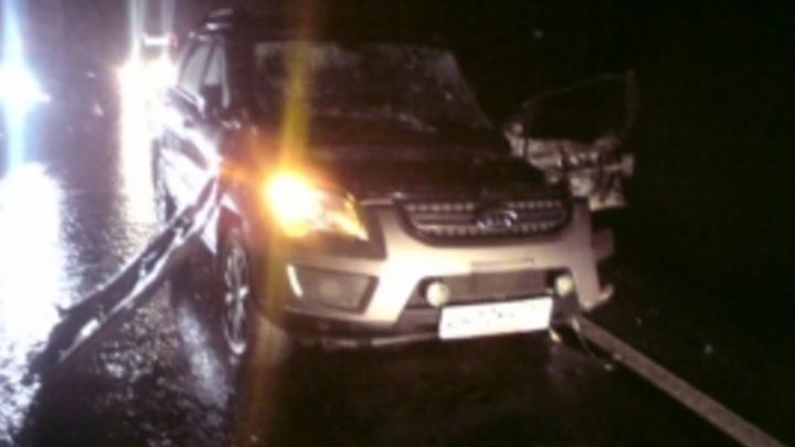 В Ростовском районе столкнулись грузовик и «Киа»: есть пострадавший