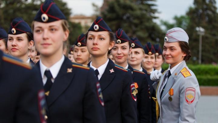 Участники парада выйдут на две ночные репетиции в центр Волгограда