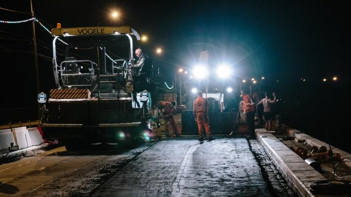 Новую дорогу – «Южке»: фоторепортаж с ремонта многострадального моста