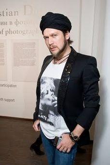 художник-дизайнер Петр Аксенов