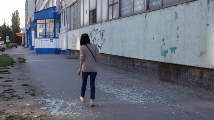Заброшенные здания метизного завода в Волгограде угрожают безопасности горожан