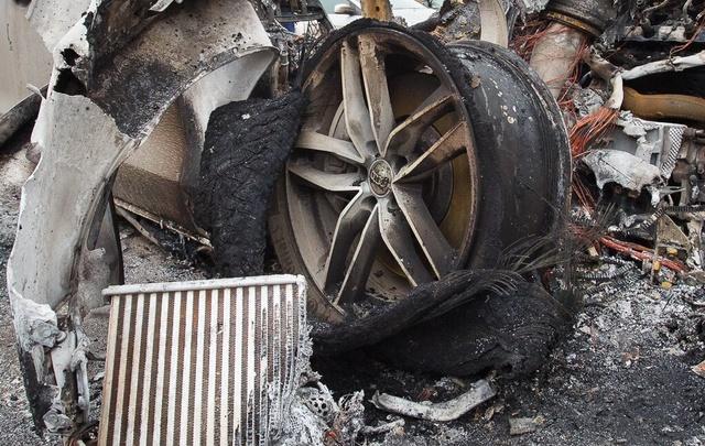 В Волгоградcкой области за сутки сгорели УАЗ и Peugeot