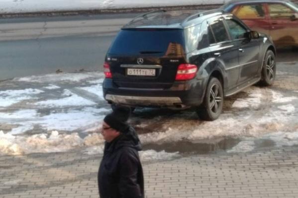 Снимки, запечатлевшие нарушения ПДД, в редакцию 72.ru присылают читатели
