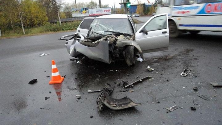 В Архангельске черный джип сбил мальчика и скрылся с места ДТП