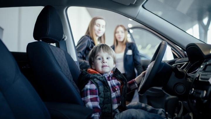 «Он должен воплощать в себе надежность»: самарцы выбирают семейный автомобиль