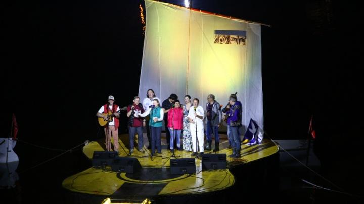 С песней на устах, с грязью на ногах: под Самарой завершился Грушинский фестиваль
