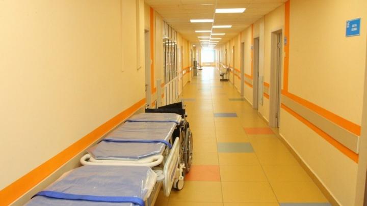 Главврачей российских больниц отправят на пенсию в 65 лет