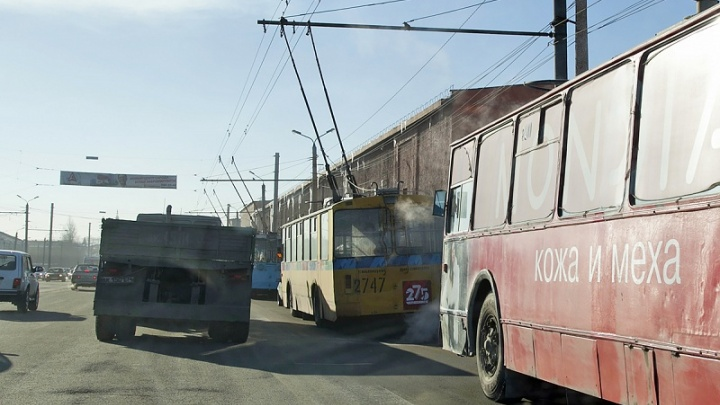 Участники массовой аварии на Свердловском тракте собрали огромную пробку