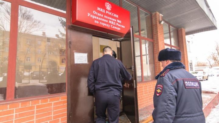 Житель Самары пытался подкупить полицейского взяткой в 200 тысяч рублей