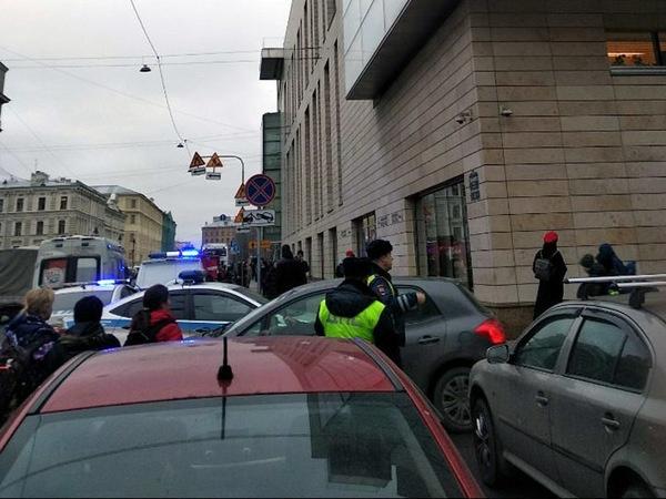 "<a href=""https://vk.com/spb_today"">ДТП и ЧП   Санкт-Петербург   Питер Онлайн   СПб</a>/vk.com"