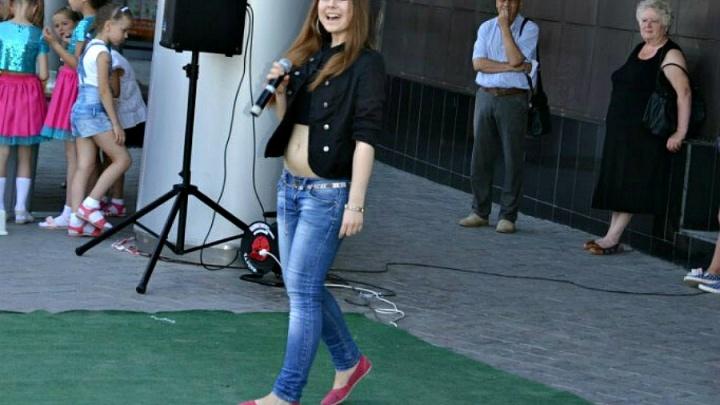 Волжанка учится вокалу у Егора Крида и надеется, что ее песню услышит Максим Фадеев