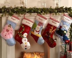 В «Фаворите» тюменцев научат мастерить праздничные носки для подарков