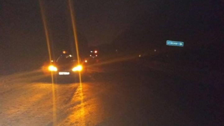 Полицейские ищут водителя, который врезался в Ford и скрылся с места аварии