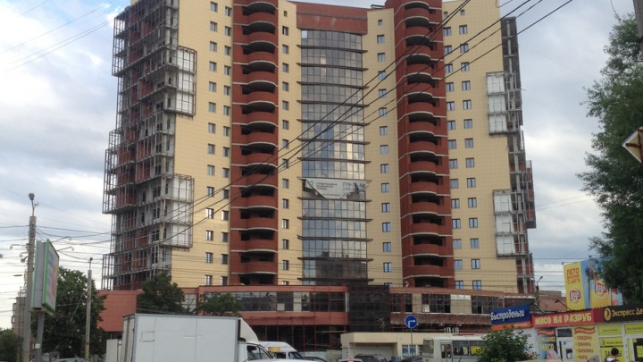 Нашли инвестора: стройка челябинского ЖК «Оникс» возобновится в августе