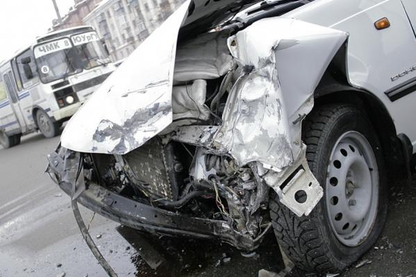 Пока водители осматривают повреждения и думают, что же делать, страховщик получит все сведения о ДТП