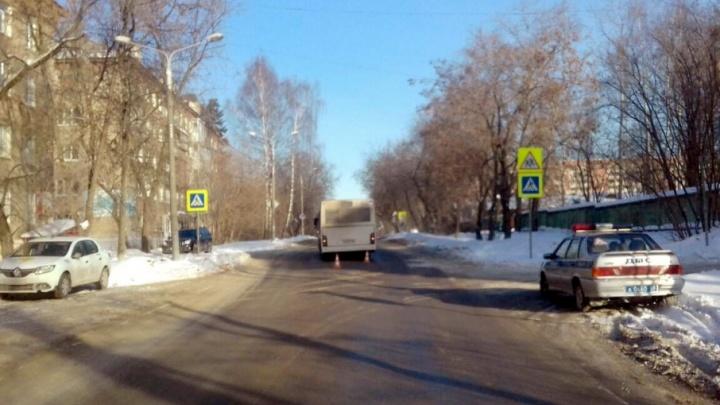 В Перми автобус сбил школьницу на пешеходном переходе