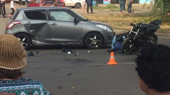 Мотоциклист разбился, протаранив автомобиль в Магнитогорске