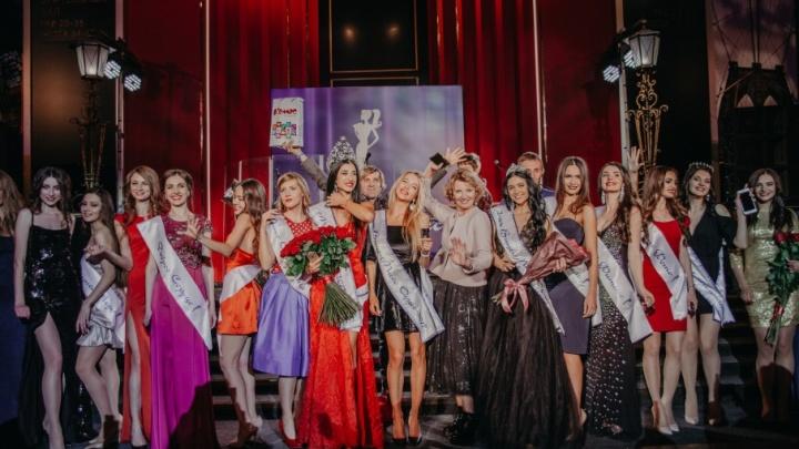 «Мисс Офис — 2018»: выбери самых красивых северянок вместе с 29.ru