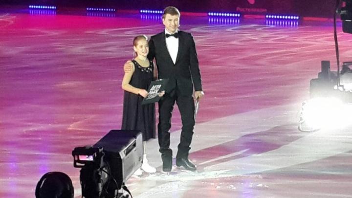 Фигуристка из Челябинска стала ведущей федерального шоу в дуэте с Алексеем Ягудиным