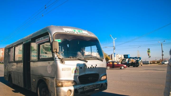 Водитель ростовской маршрутки помог спасти пассажира, которому стало плохо во время поездки