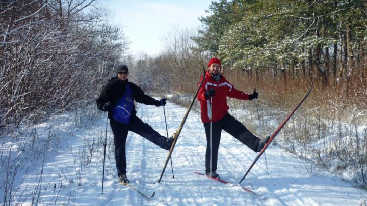 Зимние забавы: где в Ростове покататься на санках и лыжах