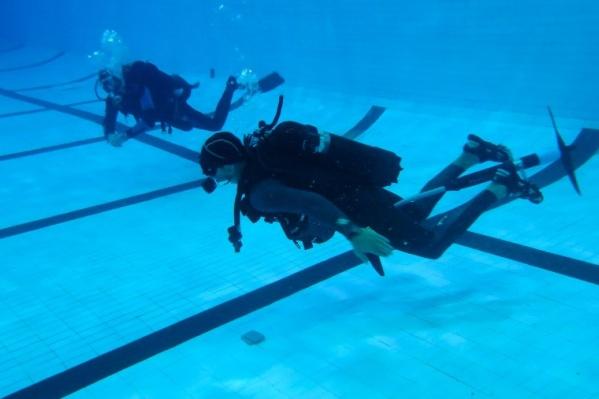 Теперь на велосипеде катаются и под водой
