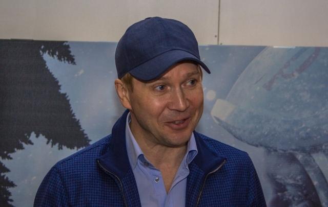 Евгений Миронов в Самаре примерил роль «вождя»