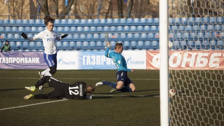 Волгоградский «Ротор» на последних минутах вырвал победу на питерском стадионе