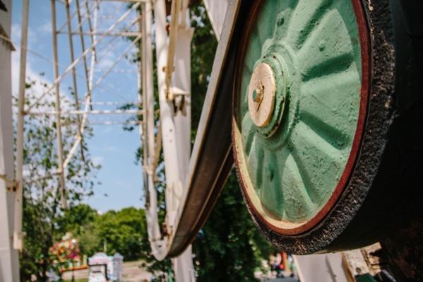 Кабинки на колесе обозрения будут рассчитаны на шесть человек
