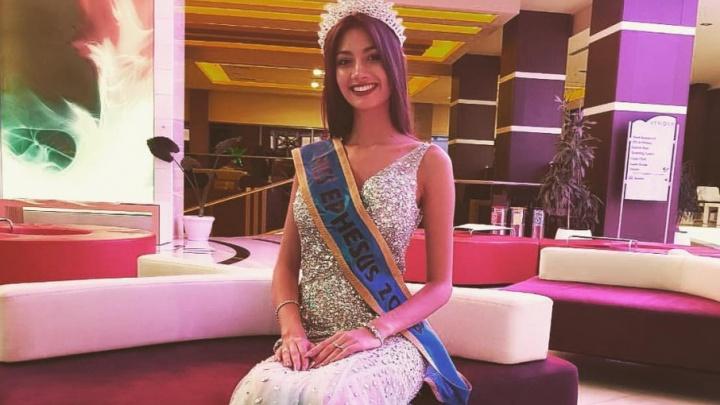 Пермячка Дарья Хохлова получила корону «Мисс Эфес» на конкурсе красоты в Турции