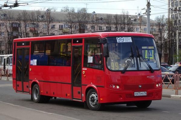 Красные ПАЗы уже перевозят пассажиров