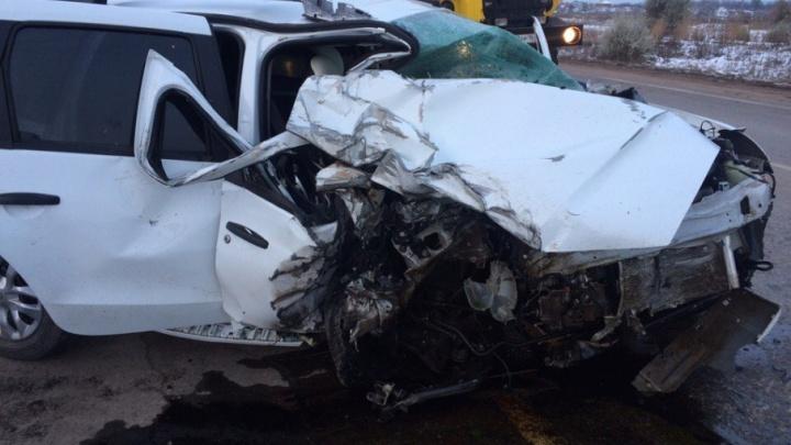 Смертельное ДТП под Самарой: водитель «пятнашки» на скорости 150 км/ч влетел в иномарку