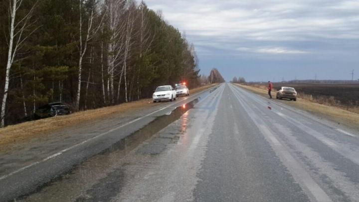 Четырёхлетний пассажир «Лады», в которую на тюменской трассе влетела иномарка, получил серьёзные травмы