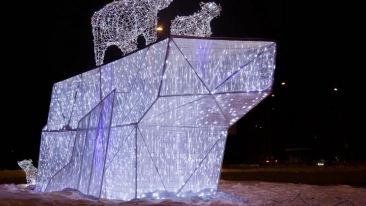 Пермские власти потратят на новогодние световые украшения 10 миллионов рублей